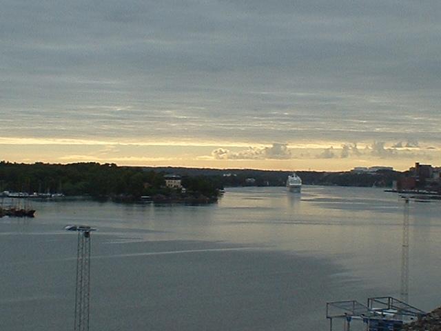 Scandinavia Travel: harbour-2.jpg