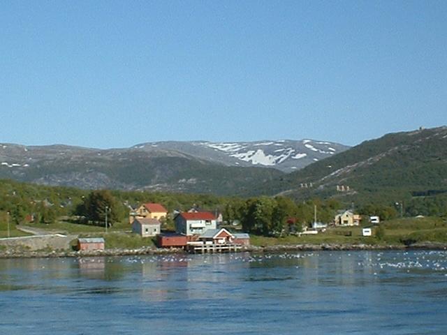 Scandinavia Travel: houses.jpg