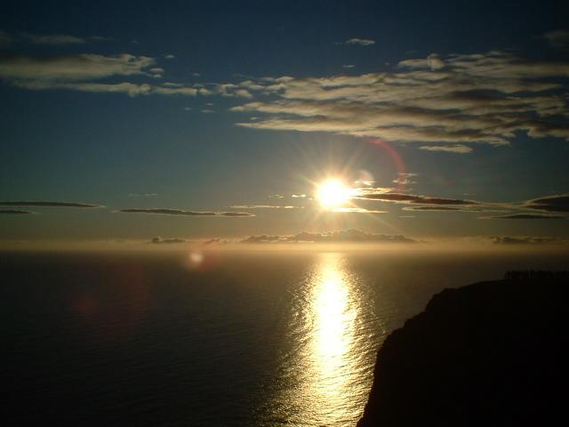 Scandinavia Travel: north-cape-minight-sun-2.jpg
